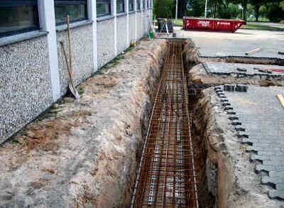 Fundamente für die Treppenanlage auf der Vorderseite