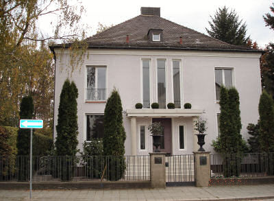 Umbaumaßnahmen-Renovierung-Villa-11