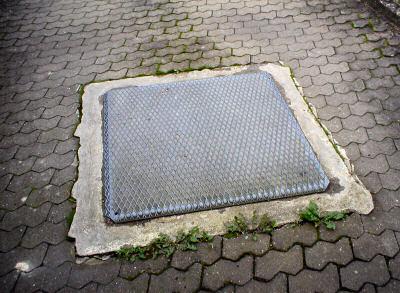Aussenanlagen-Pflasterarbeiten-Garage-03