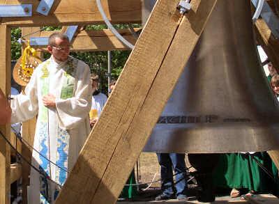 Baumaßnahmen-Kirche-Glockenturm-04
